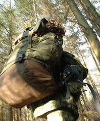 Aspirant med rygsk (ssr.dk) Tags: ssr aspirant aspiranten rygsk hjemmevrnet patrulje liggeunderlag granskov optagelseskursus patruljekursus optagelsesuge patruljeuge aspiranterne kampvest m84uniform slringsnet