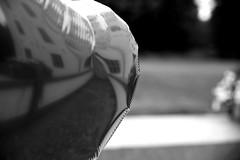 Herz ist Trumpf (StellaMarisHH) Tags: bw canon deutschland europa ballon sw tamron schloss hochzeit schleswigholstein weg ahrensburg lightroom tamron2470 photoscape 5dmkii canoneos5dmkii eos5dmkii