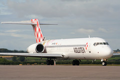 EI-FCB Boeing 717-2BL Volotea (corkspotter / Paul Daly) Tags: ork 140814 built 2005 ex n925me add tags beta eifcb boeing 7172bl b712 55191 5151 l2j 4cab12 voe volotea airlines 20130613 airplane aircraft vehicle airliner outdoor jet jetliner