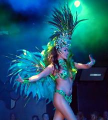 P9244771 (Art & Nice) Tags: brasil tropical olympus xz1 paris plume