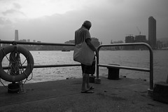 """""""reminiscing ... where's my hk gone"""" (hugo poon - one day in my life) Tags: xt2 23mmf2 hongkong northpoint victoriaharbour tsimshatsui icc solitude gray reminiscing skyline melancholy constructioncity city"""