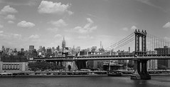 46710003 (T_Sted) Tags: nyc newyork ny film ilford hp5 m mamiya mamiya645 mediumformat monochrome bw manhattan analog building blackandwhite city usa 6x45