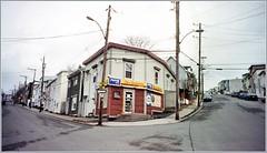 Street corner, West End (Felip1) Tags: aps expiredfilm expired2006 kodakadvantix200 nikonnuviss 39v8f2815512 65v10f816512 100v12f816512 233v18f515612