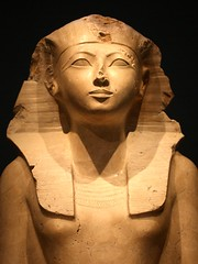 Detail of a Seated Statue of Hatshepsut (donsutherland1) Tags: ny newyork art female egypt pharaoh met soe metropolitanmuseum hatshepsut metropolitanmuseumofart ancientegypt metmuseum newkingdom thegalaxy abigfave dynasty18 flickraward mygearandme femalepharaoh seatedstatueofhatshepsut