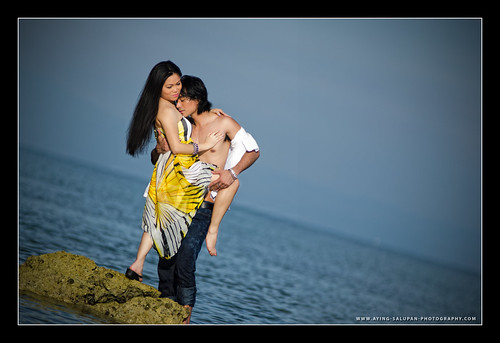 HANDREW & YACINTH E-SESSION