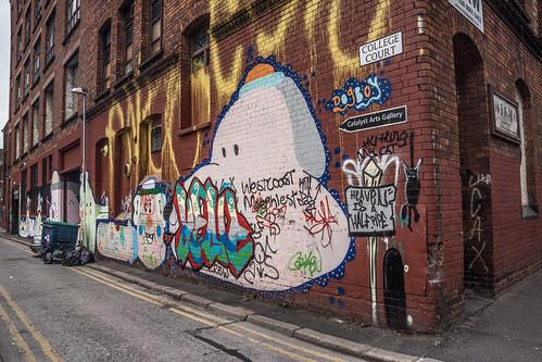 Belfast Street Art (College Court)