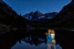 Maroon Bells Kiss (tobyharriman) Tags: sunset people mountains bells canon stars photography colorado couple photographer trails neil 7d co aspen maroonbells tobyharriman