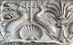 Basilica of Neptune, Rome (Dolphin Frieze) (Roger B. Ulrich) Tags: dolphin trident basilicaofneptune palmette corinthianentablature classicalmoldings classicalmoulding hadrianicarchitecture