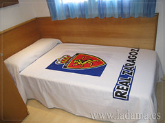 """Colcha de Verano del Real Zaragoza • <a style=""""font-size:0.8em;"""" href=""""https://www.flickr.com/photos/67662386@N08/7541647206/"""" target=""""_blank"""">View on Flickr</a>"""