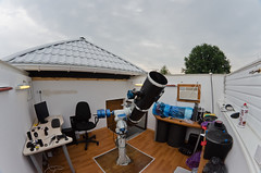 My amateur Roll_Off_Roof observatory (Oleg Bryzgalov) Tags: observatory astronomy rolloffroof