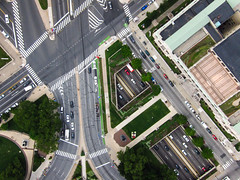 Traffic Convolution - Kite Above the Ben Franklin Parkway, Philadelphia, PA, USA (Wind Watcher) Tags: kite philadelphia circle photography pennsylvania cityscapes aerial foundation sdm kap logan 2012 dopero windwatcher chdk wwkw