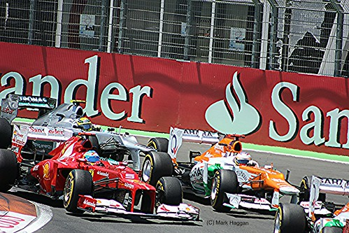 Fernando Alonso, Paul di Resta and Nico Rosberg during the 2012 European Grand Prix in Valencia