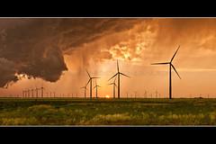 GE 1.85 turbines at Balko windfarm, Oklahoma, USA (Rockenbauer K.) Tags: balko beaver county oklahoma united states america amerika usa ge 185 mortenson google rockenbauer klaus desert wste panhandle border grenze stateline tower turm rotor flgel wing blade blatt nacelle gondel maschinenhaus warningstripes warnmarkierung himmel sky electricity elektrizitt strom power energy eolienne energie wind windfarm windmill windenergy windenergie windmhle windrad windpark renewable erneuerbar windkraft windpower