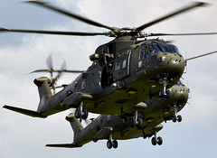 Merlin (Bernie Condon) Tags: westland merlin helicopter assault commandohelicopterforce chf milirary support transport rm marines yeovilton rn navy royalnavy airday rnas hmsheron airshow display aircraft plane flying aviation uk