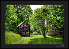 Hanka Homestead (the Gallopping Geezer 3.8 million + views....) Tags: building structure old historic hankahomestead farm rural country backroad gravelroads restored preserved home dwelling house barn shed mi michigan upperpeninsula canon 5d3 tamron 28300 geezer 2016 museum display park