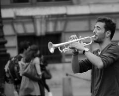 IMG_3428 PARIS EN MUSIQUE (WORLD OF FMR) Tags: trompette musique music paris joy life live band people protagonist musician musicien canon