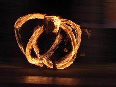 (J!bz) Tags: feu fire fuego night noche nuit jongleur aurillac festivaldethatrederuedaurillac thatrederue festival 2016 aout august augosto cantal auvergne france francia street calle rue urban urbano urbain ville city ciudad