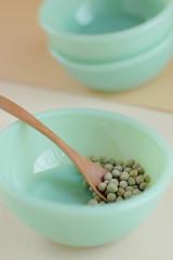 Still life #10 (extra_pics) Tags: stilllife food japan beans nikon dish spoon 日本 okinawa 沖縄 tabletop 皿 豆 食物スプーン