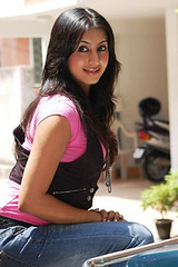 South Actress SANJJANAA Photos Set-4 (26)