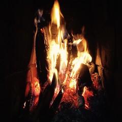 Stmning (*Kicki*) Tags: sweden fire fotosondag stamning fs160918 eld kakelugn heat hot warm square wood grisslehamn vdd roslagen