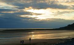Sunset @ Llandudno (West beach) (Minoltakid) Tags: uk sunset people beach wales seaside day cloudy gb llandudno westbeach northwales minoltakid theminoltakid