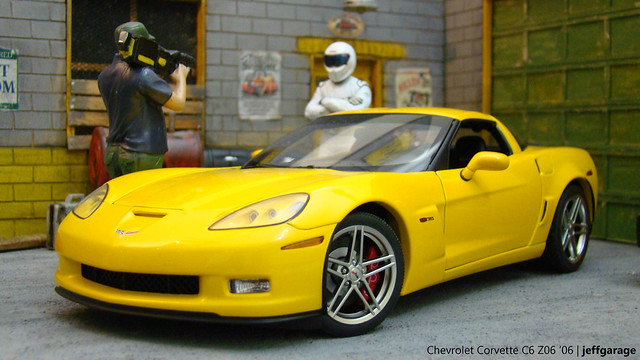 chevrolet 2006 chevy corvette c6 118 z06 diecast autoart diecaster jeffgarage