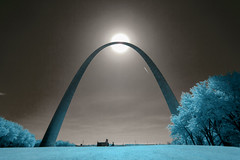 I'm Crazy for Feelin' So Lonely (code poet) Tags: sky tree grass sun monument arch silhouette landscape 350d 1022mm ir infrared lifepixel stlouis gatewayarch missouri travel