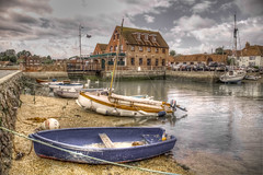 Emsworth (Chichester Harbour) (P Sterling Images) Tags: sea water boats pub sailing harbour sony sigma peaceful quay solent tone hdr slt chichester mapped subtle lightroom a35 emsworth photomatix 18200mmm