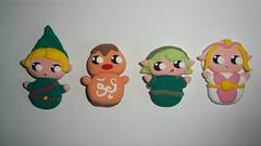 Broches Zelda (Nomobo) Tags: cute jumping broche time handmade crafts brooch chibi nintendo clay kawaii link mano zelda nes artisan goro ocarina manualidades hecho goron saria arcilla