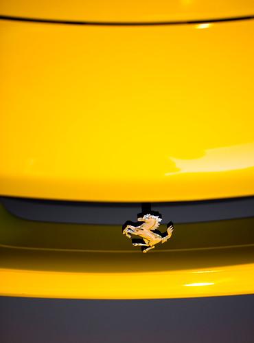 Ferrari front logo