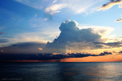 Dramatic Sunset [EXPLORED] [Front Page] (grce) Tags: ocean sea nature skyline clouds horizon