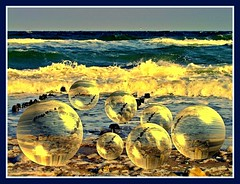 Balls on the Baltic Sea (FotoArtCircle) Tags: beach strand landscape meer natur balticsea ostsee brandung richardvonlenzano rememberthatmomentlevel1 ballsonthebalticsea rememberthatmomentlevel2 rememberthatmomentlevel3 blleamstrand