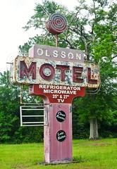 Olsson Motel (Rob Sneed) Tags: alabama mobile olssonmotel us90 outdoors sign neon vintage rust advertising roadside decay
