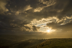 Light (Keartona) Tags: sunset clouds sky glorious breathtaking bigsky glossop derbyshire england summer july golden sunlight sunbeams evening landscape