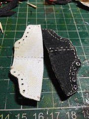 1/6th scale Converses (Elrenia_Greenleaf) Tags: custom16scaleclothing custombarbie custombarbieclothes 16thscale playscale