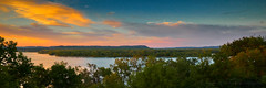 Minnesota Magic (Ryan Fonkert) Tags: mn minnesota exploreminnesota experienceminnesota experiencemn captureminnesota onlyinmn mississippiriver river riverbluffs sunset nature landscape sony sonyimages sonya6300 a6300 sonyalpha minneapolisphotographer ryanfonkertphotography 3x1 panoramic maplesprings usa