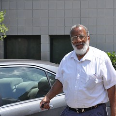 FAMU Physics Professor Ronald Williams -:- 155 (buddhadog) Tags: beard keys glasses williams 600 physics professor eyeglasses lenses famu 500vu