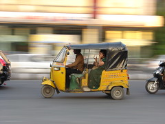 Auto Panning - DSC04629 (Satish Chelluri) Tags: auto road wheel mobile lady speed panning threewheeler autodriver satishchelluri autohyderabad