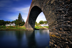 The 'Bridge over the Atlantic' (Clachan Bridge), The Isle of Seil, Argyll (iancowe) Tags: ocean bridge house island scotland inn long exposure scottish atlantic sound trousers oban isle jacobite seil clachan humped bridgeovertheatlantic tighantruish