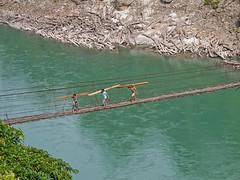 Arunachal Pradesh : Siang River #3 (foto_morgana) Tags: india asia tribal tribes adi ethnic hangbridge arunachalpradesh siangriver eastsiang siangvalley