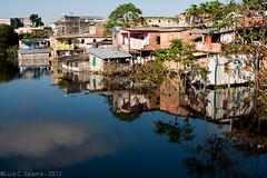 Reflexos da Cheia (Luiz C. Salama) Tags: espelho canon mirror reflex cityscape tide manaus reflexo cheia amazonas amazonia fotojornalismo fotojournalism 40d