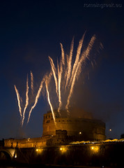 "Castel Sant'Angelo, fuochi d'artificio • <a style=""font-size:0.8em;"" href=""http://www.flickr.com/photos/89679026@N00/7471678066/"" target=""_blank"">View on Flickr</a>"