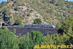 No te queda na todavia majo (alberto vtr) Tags: valencia tren md huesca diesel caf regional ferrocarril renfe pantone 599 navajas