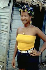 seorita papillote (leo.laempel) Tags: curler domrep bigoudi dominikanischerepublik lockenwickler