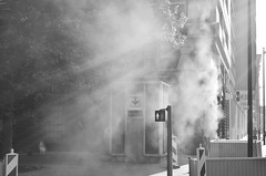 (CroytaqueCie) Tags: lille blackandwhite noiretblanc smoke fumée travaux été 2012 croytaque croytaquecie nikond5100 juillet2012