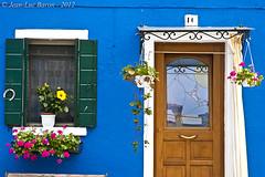 Burano, Italy. (Jeluba) Tags: door italy flower fleur burano