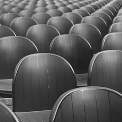 (Nitekite) Tags: canon seats quadrat plastik kunststoff kevelaer flickrtreffen bestuhlung nitekite schwarzweisbw forumpaxchristi