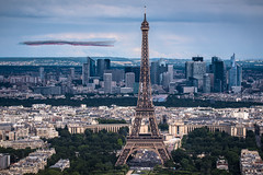 Ouverture (vy.photographe) Tags: paris toureiffel bastilleday dfilarien patrouilledefrance skyline vue ville cityscape avions ladfense 147