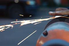 Afilador (armanuel83) Tags: afilador luz manos hands light 50mm