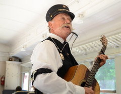 Train Singer II (rschnaible) Tags: willits california northern us usa west western sightseeing tour skunk train entertainment historical old portrait singer entertainer